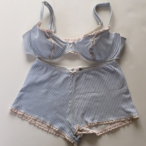 new york details for coupon code Etam Bra And Pantie Set Made In France Lingerie